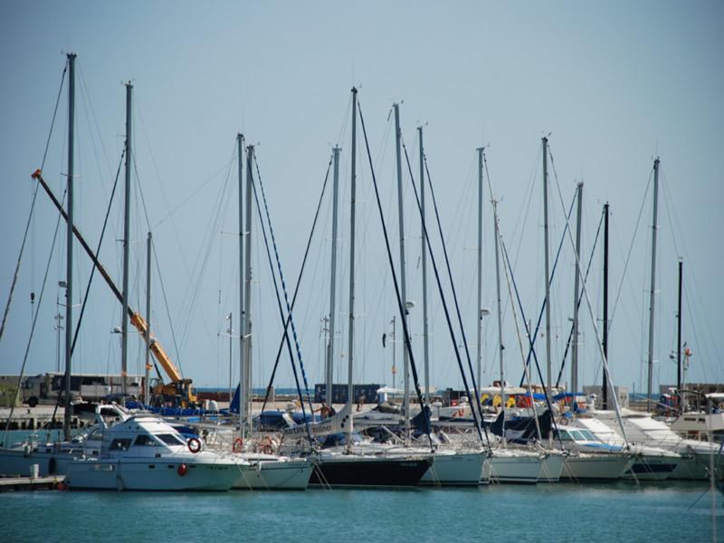 El Consell Aprueba El Decreto Ley De Medidas De Apoyo Por El Covid Para Los Operadores Y Usuarios De Los Puertos